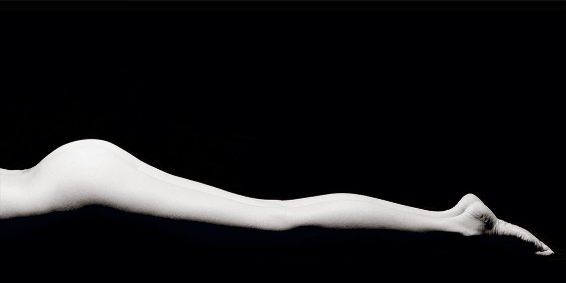 LONG LEGS I AUS DER WERKREIHE BODY SCULPTURES